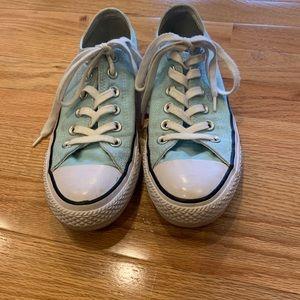 Women's all-star Converse tennis shoes